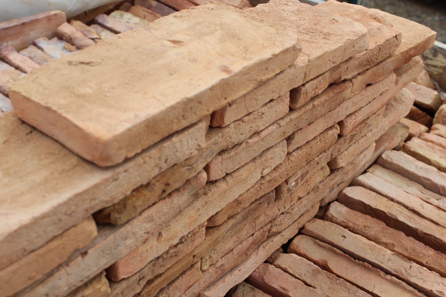 Brique vieillie brique rouge vieillie bca mat riaux anciens - Brique rouge ancienne ...