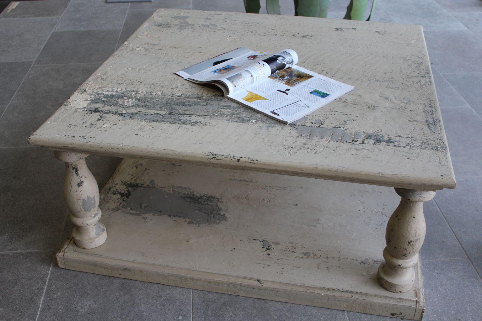 Table basse en vieux bois - Finition à l\'ancienne | BCA Matériaux ...