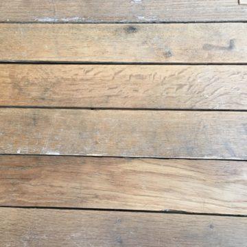 parquet ancien haussmannien en chêne déclouté