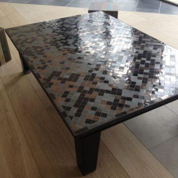 Table en fer forgé et plateau zellige