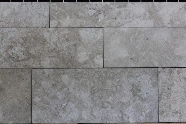 Parement en pierre naturelle gris extérieur