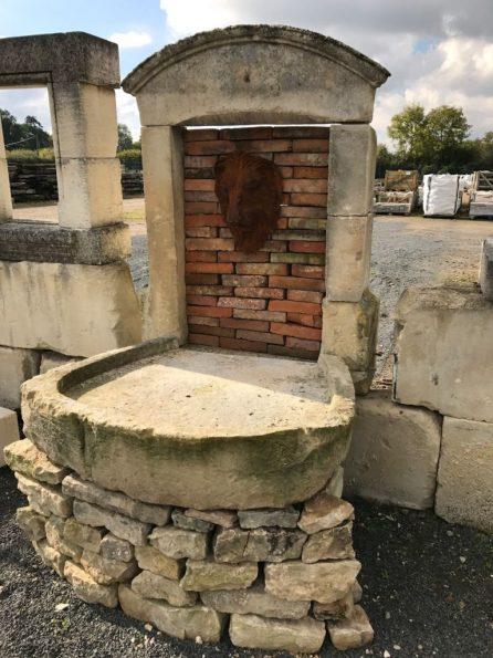 Bassin ancien en pierre calais maison design - Bassin recreatif ancienne lorette calais ...