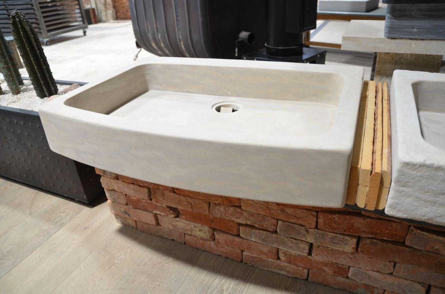 evier en pierre naturelle beige rectangulaire bca. Black Bedroom Furniture Sets. Home Design Ideas