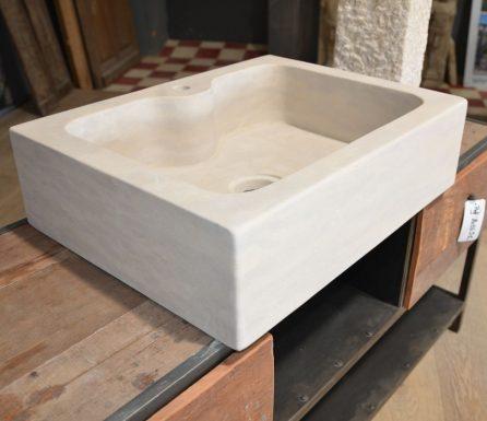 vasque evier en pierre naturelle mat riaux anciens. Black Bedroom Furniture Sets. Home Design Ideas