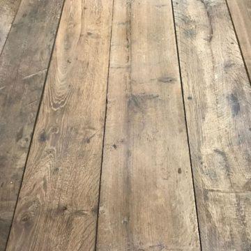 Plancher ancien de récupération en vieux chêne