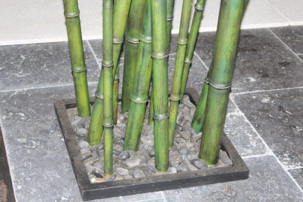 Bambou métallique