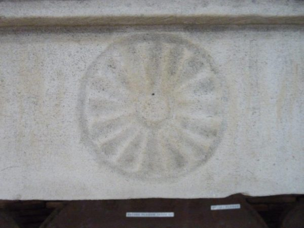 habillage cheminée ancienne en pierre