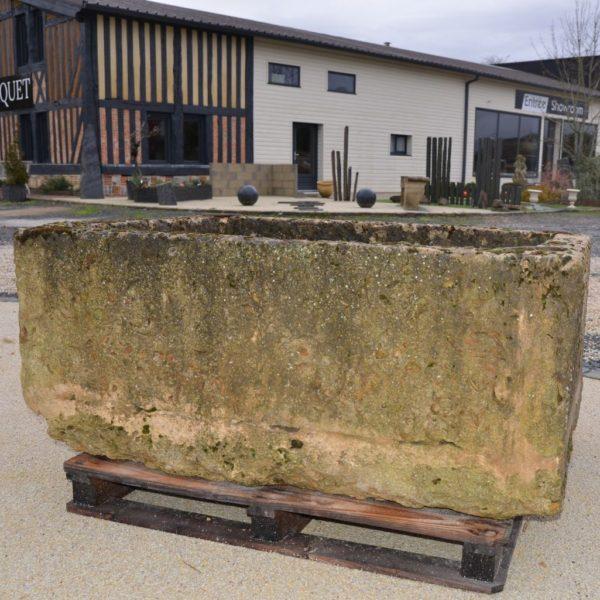Bac ancien en pierre