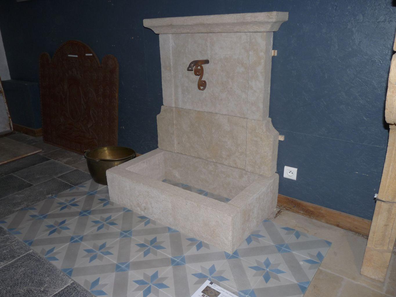 fontaine ancienne murale bca mat riaux anciens. Black Bedroom Furniture Sets. Home Design Ideas