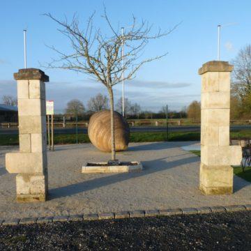 Paire de piliers anciens de récupération