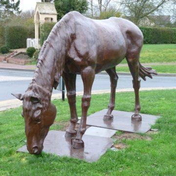 chevaux en fonte