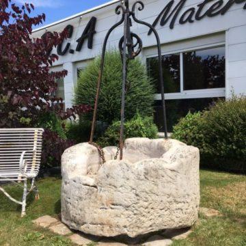 Puits en pierre puits anciens margelle de puits bca - Puit en pierre ...