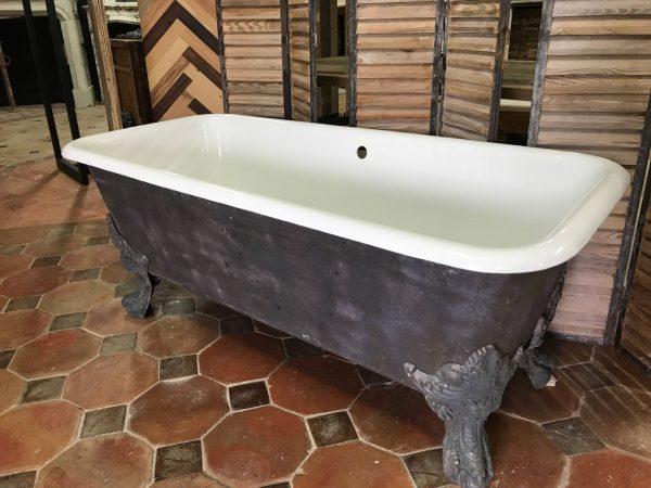 baignoire ancienne fonte maill baignoire ancienne sur pieds. Black Bedroom Furniture Sets. Home Design Ideas