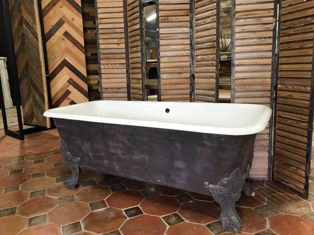 baignoire ancienne fonte maill baignoire ancienne sur. Black Bedroom Furniture Sets. Home Design Ideas