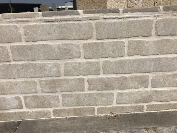 Pavé rectangulaire en pierre naturelle beige