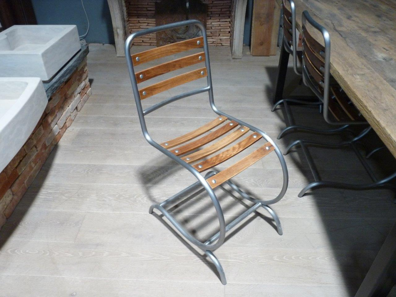 chaise en m tal et bois hauteur 87 cm bca mat riaux anciens. Black Bedroom Furniture Sets. Home Design Ideas