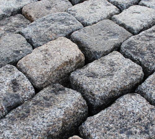 Pavés anciens de paris en granit