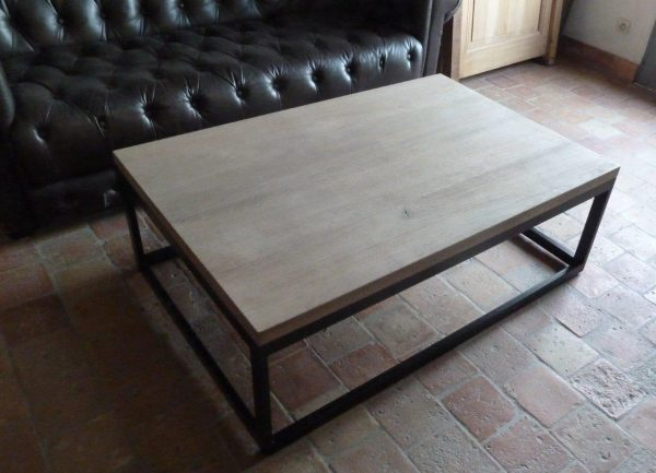 Table basse design en bois