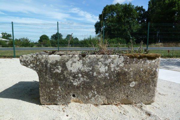 bac ancien en pierre pour jardin
