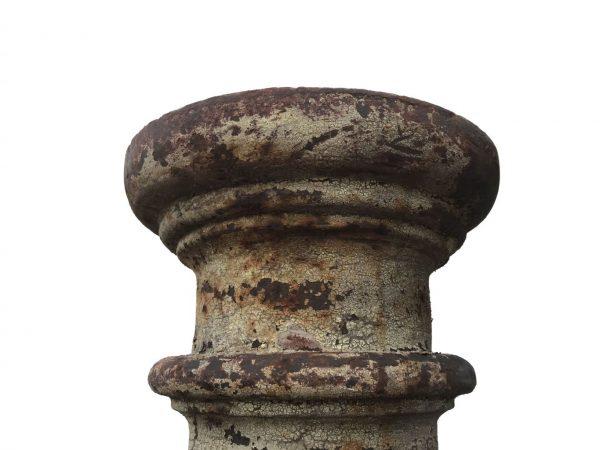 tête de poteau en fonte ancien