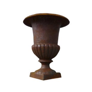 Vase médicis en fonte rouillé