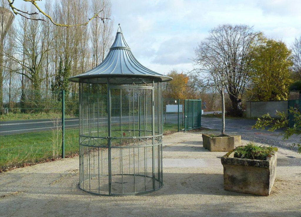Voli re de jardin en fer forg hauteur 200 cm bca - Tonnelle jardin fer forge ...