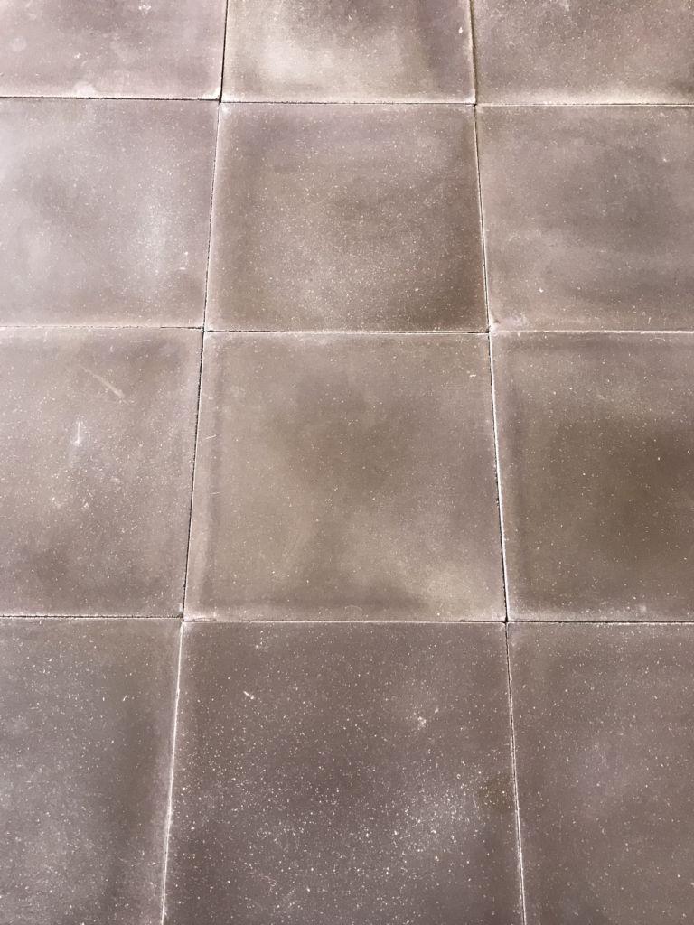 carreaux de ciment marron finition vieillie bca mat riaux anciens. Black Bedroom Furniture Sets. Home Design Ideas