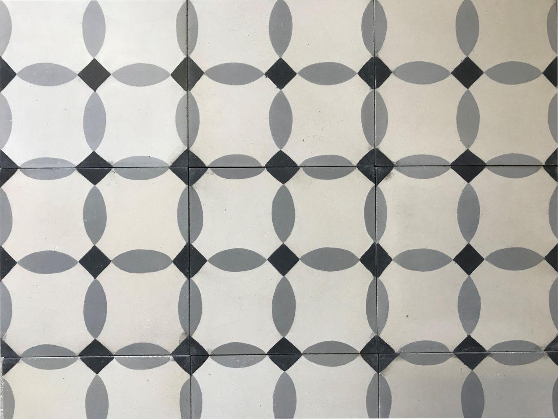 carreaux de ciment l 39 ancienne finition vieillie bca. Black Bedroom Furniture Sets. Home Design Ideas