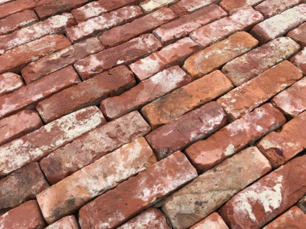 parement brique rouge ancienne