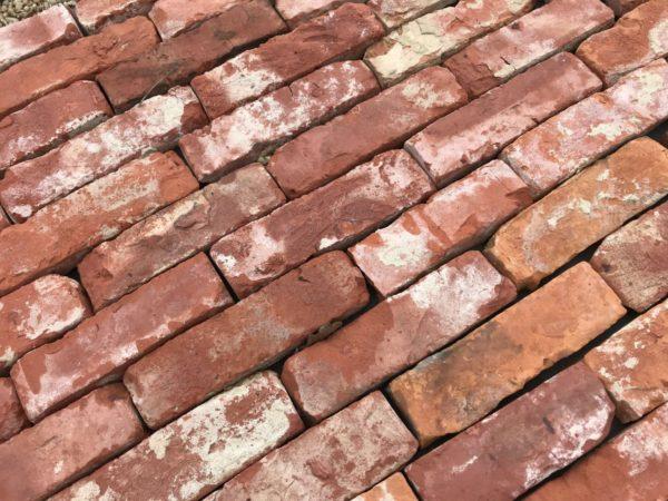 parement vieille brique rouge