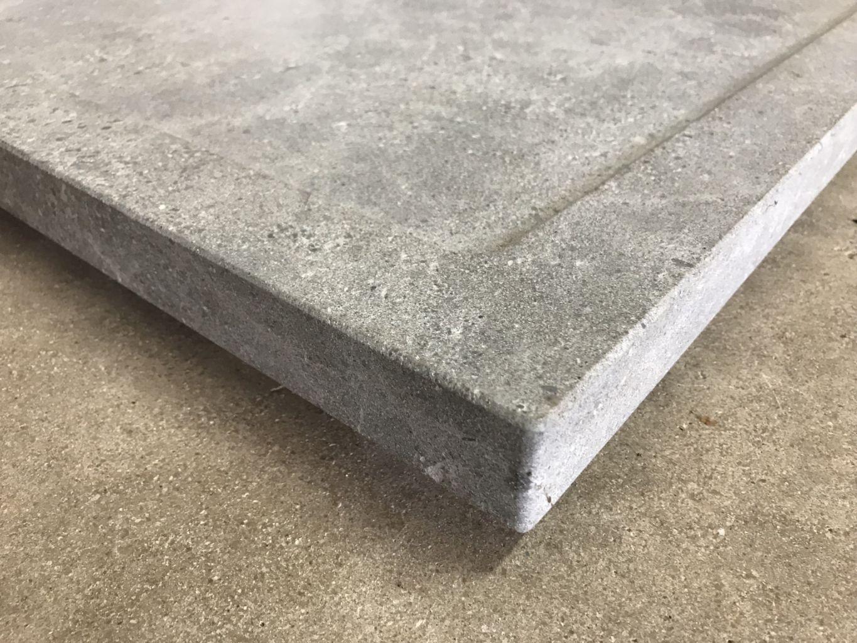 Receveur de douche en pierre naturelle gris - Possible sur-mesure | BCA