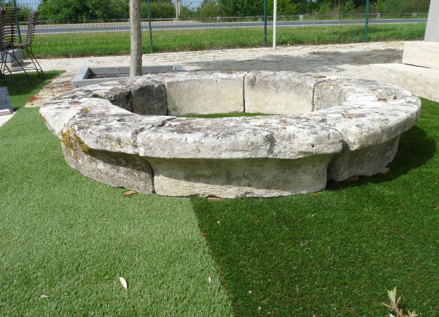 margelle de puits en pierre ancienne diam tre 186 cm bca mat riaux. Black Bedroom Furniture Sets. Home Design Ideas