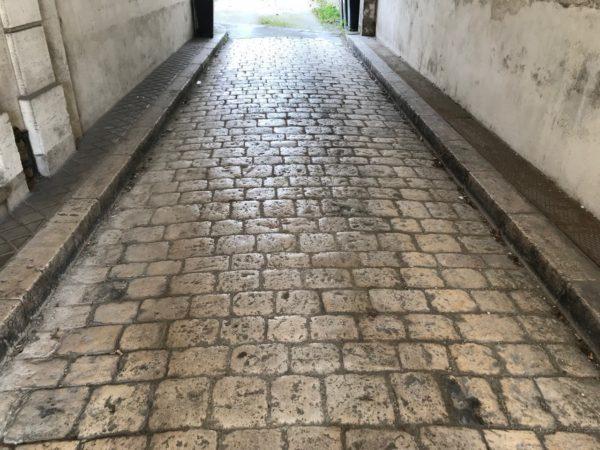 pave de rue de cognac en pierre