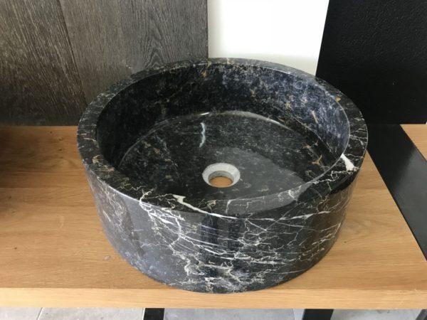 vasque en pierre naturelle noire