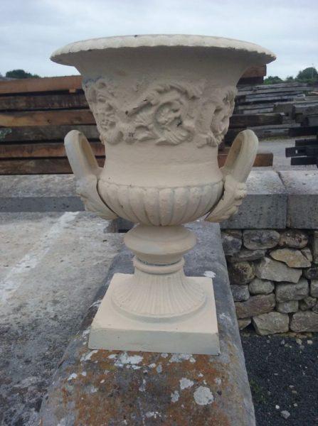 vase medicis blanc avec anses