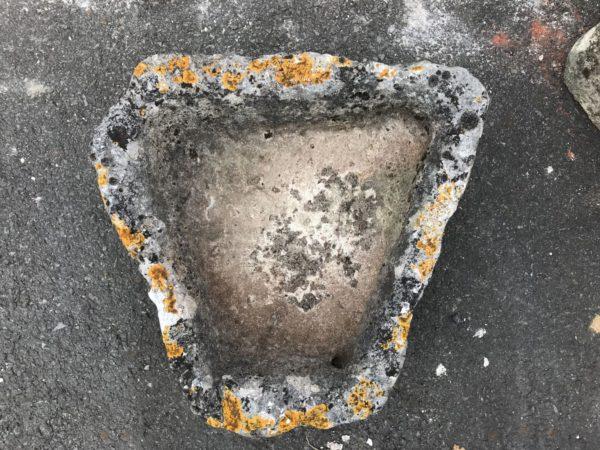 auge en pierre forme trapèze