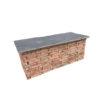 banc en ardoise et brique ancienne