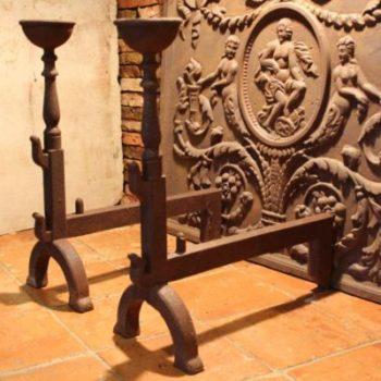 chênet en fonte pour cheminée ancienne