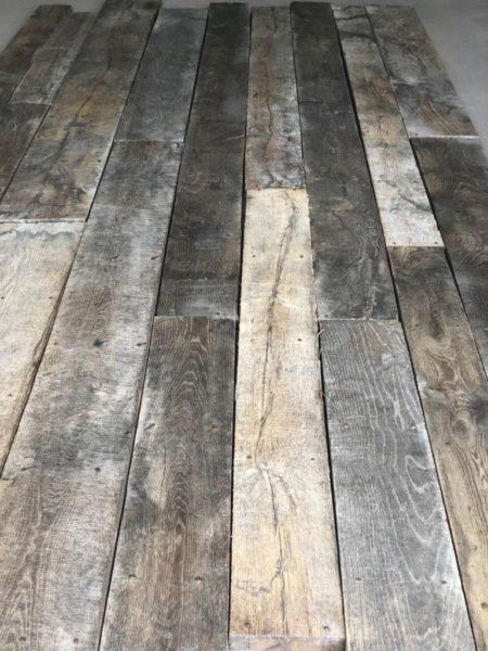 vieux plancher avec patine 19eme