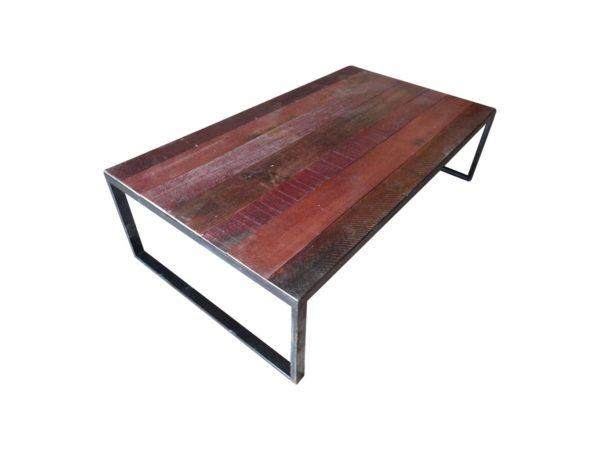 grande table basse rouge et noir