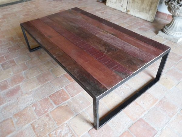 grand plateau table basse rouge