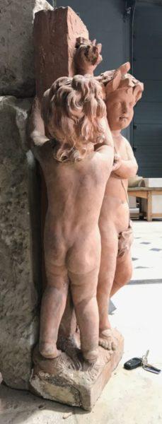 statue de cherubins joyens
