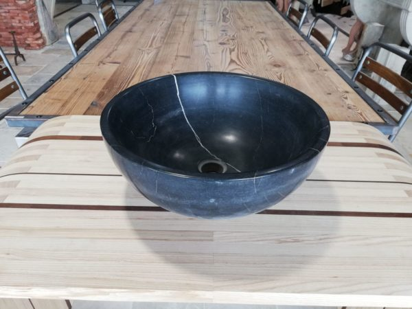 lavabo rond pour salle d'eau en pierre bleue