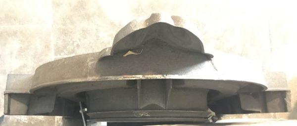 détails vue du dessus de la kucarne en fonte