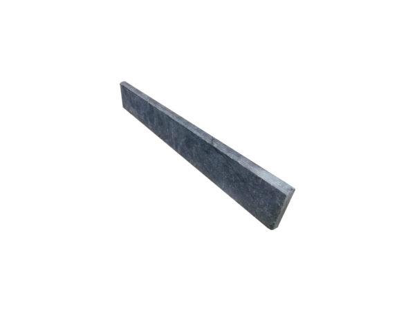 plinthe en pierre bleue de longueur 50cm
