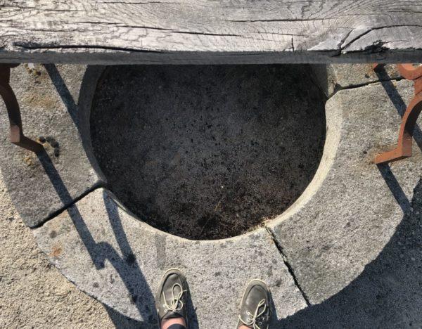 vue du dessus de notre puits ancien