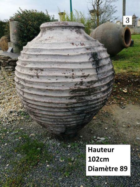 jarre en terre cuite blanche aux dimensions 3