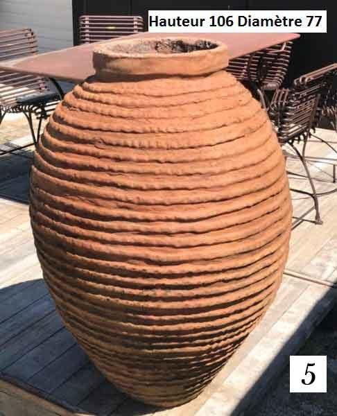 jarre en terre cuite aux dimensions 5 cottelet