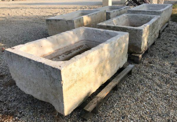grands bacs en pierre calcaire quantitée