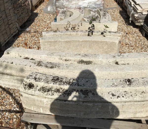 bordures ovales de bassin en pierre calcaire